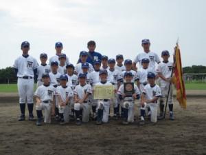 優勝した水俣第二小野球倶楽部のメンバー