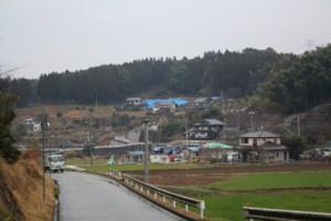 同地点にて3月撮影。家屋が解体され更地が目立つ