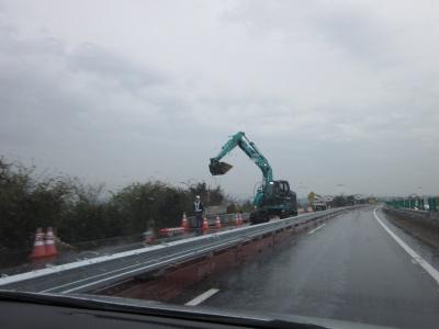 工事が続く高速道路