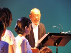 舞台・映画などで活躍されている上条恒彦さん。迫力ある歌声と語りでした